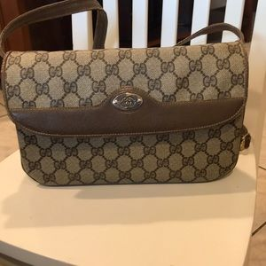 Gucci vintage crossbody bag